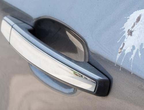 Taubenkot: Gefahr für Autolacke?